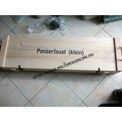 WW2 - Reproduction bois artisanale de Caisse pour panzerfaust Klein (vide)