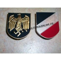 WW2 - Insignes métal pour casque Tropical DAK KM