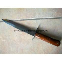 WW2 - WW1 - Couteau de tranchée repro + fourreau