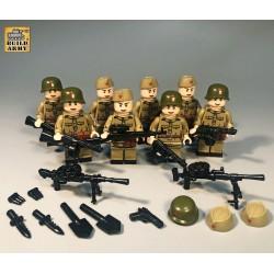Lot de 8 Soldats Russes